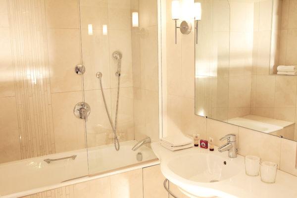 Salle de bains 2 (2)-min